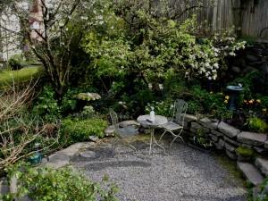 Flickr_-_brewbooks_-_Backyard_Terrace_-_Our_Garden-300x225